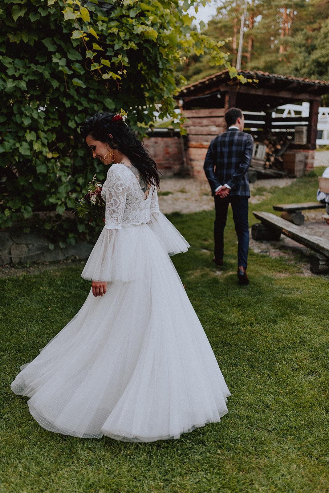 Baśniowy ślub w Tabunie | ceremonia w plenerze A+M 107 alebosco ania mateusz tabun 1042