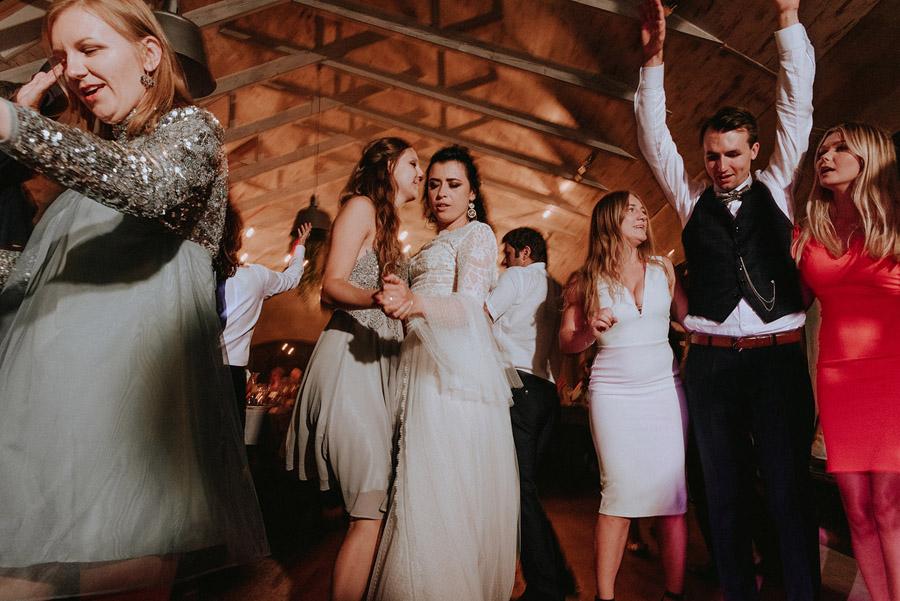 Baśniowy ślub w Tabunie | ceremonia w plenerze A+M 111 alebosco ania mateusz tabun 1160