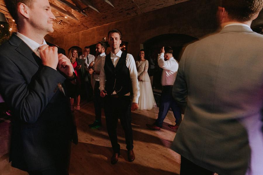 Baśniowy ślub w Tabunie | ceremonia w plenerze A+M 121 alebosco ania mateusz tabun 1408