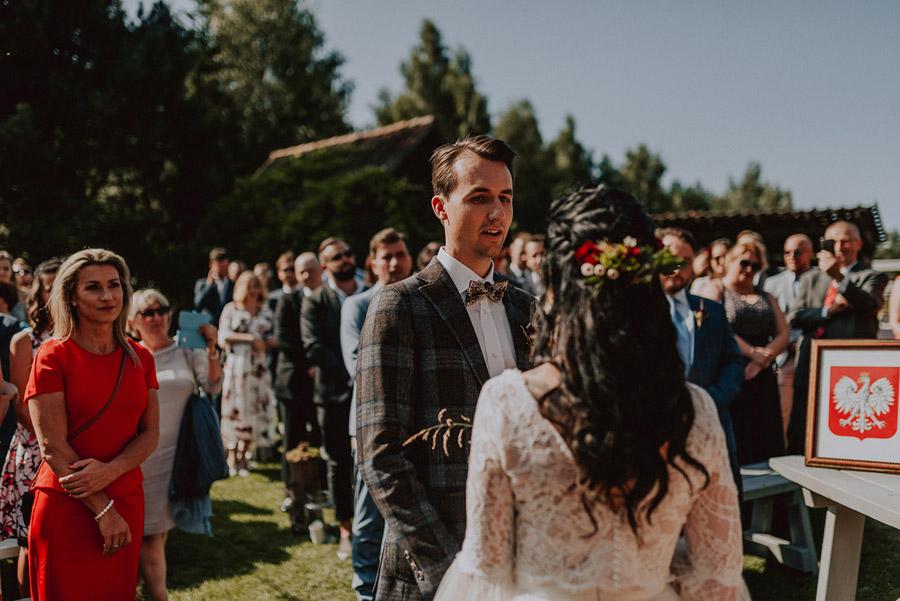 Baśniowy ślub w Tabunie | ceremonia w plenerze A+M 49 alebosco ania mateusz tabun 307