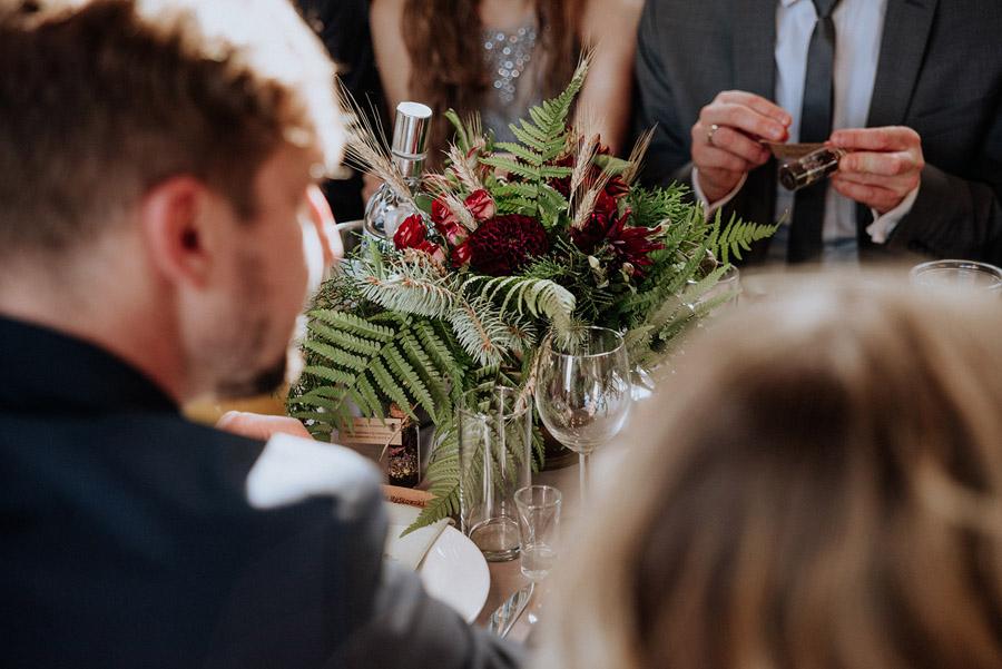 Baśniowy ślub w Tabunie | ceremonia w plenerze A+M 65 alebosco ania mateusz tabun 562