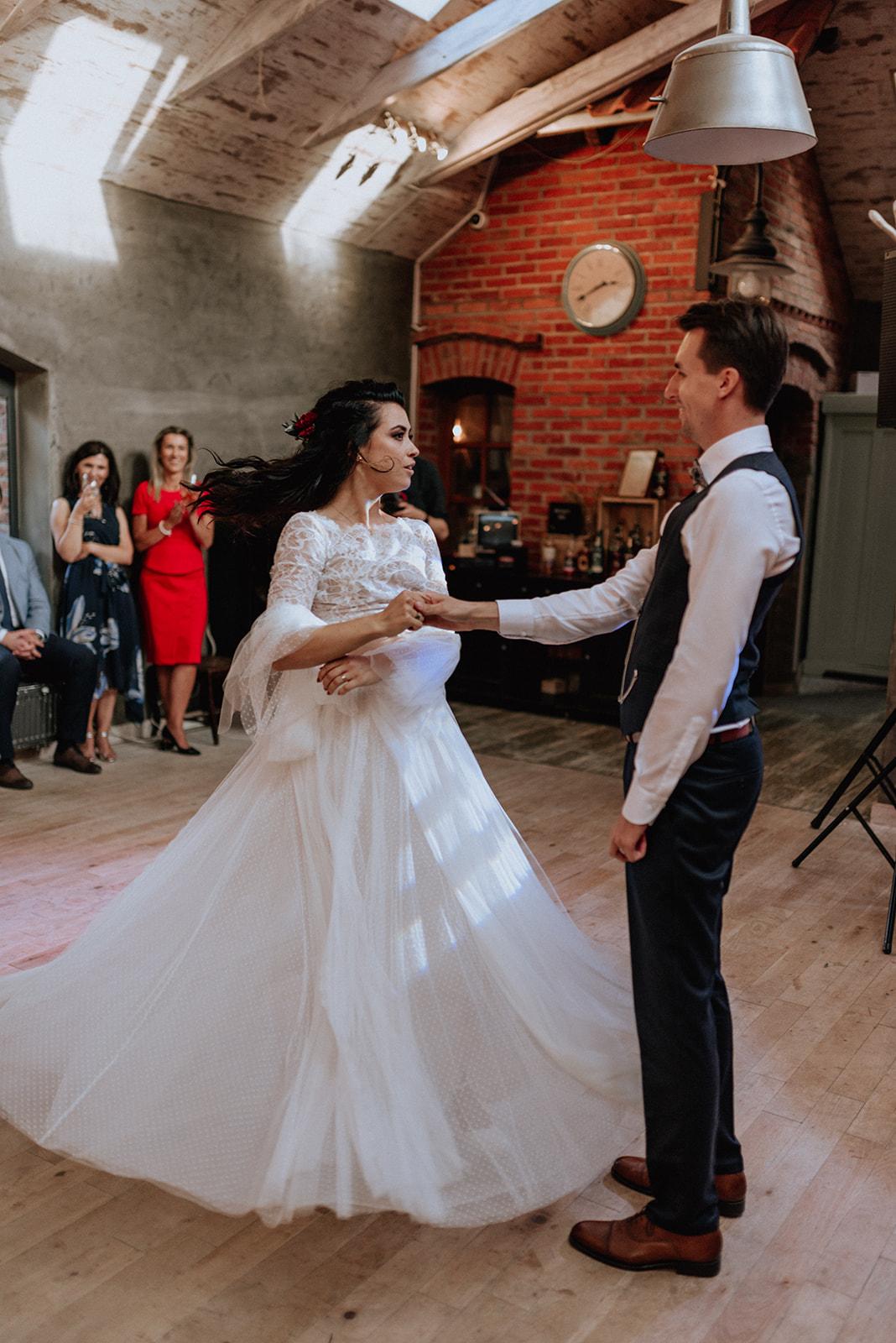 Baśniowy ślub w Tabunie | ceremonia w plenerze A+M 77 alebosco ania mateusz tabun 567g 5