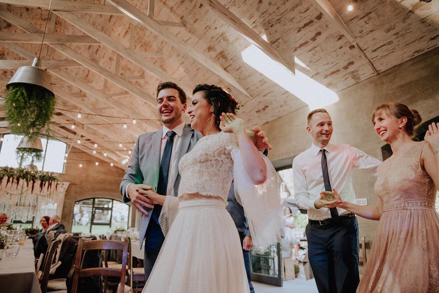 Baśniowy ślub w Tabunie | ceremonia w plenerze A+M 80 alebosco ania mateusz tabun 570