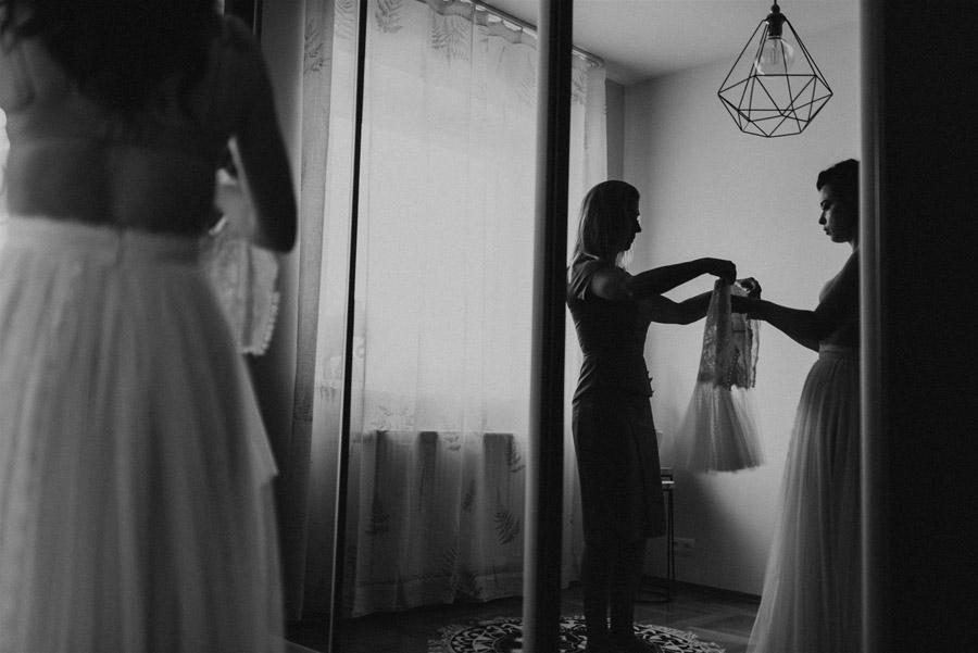 Baśniowy ślub w Tabunie | ceremonia w plenerze A+M 13 alebosco ania mateusz tabun 63b