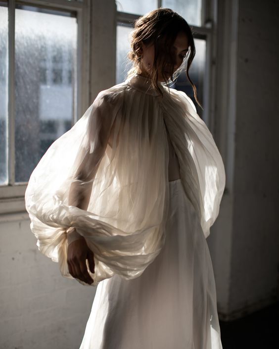 Najpiękniejsze suknie ślubne w stylu BOHO 38 06389a2fed6964081a9ba0f137bced31