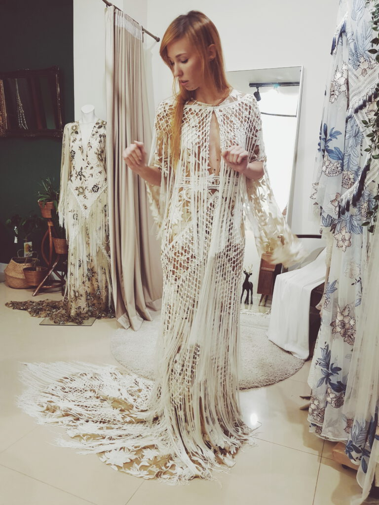 Najpiękniejsze suknie ślubne w stylu BOHO 42 2018 11 07 07.14.26 1