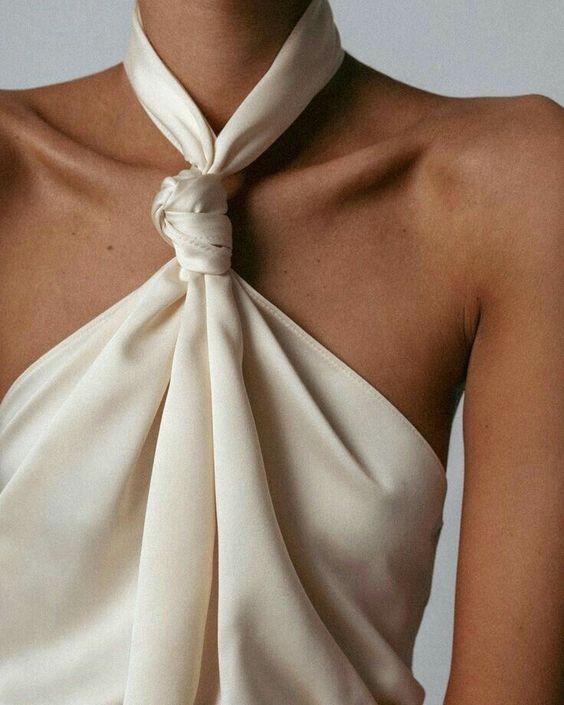 Najpiękniejsze suknie ślubne w stylu BOHO 37 40f1bd4902e7fccd6ac3b26c43959f8a