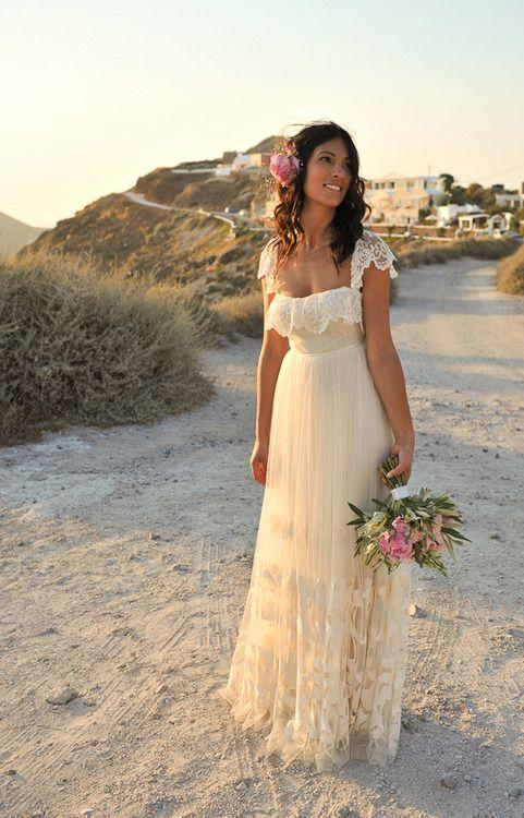 Najpiękniejsze suknie ślubne w stylu BOHO 24 543780cdc4966342af2f0e846be17b77