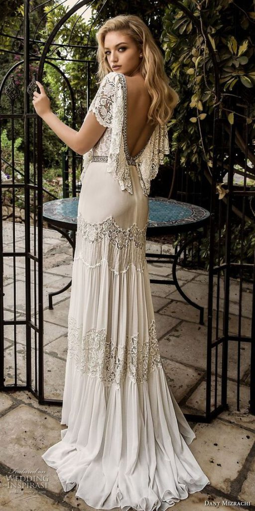 Najpiękniejsze suknie ślubne w stylu BOHO 29 b6f37339e9d776ea2276e9a8cfb2989d