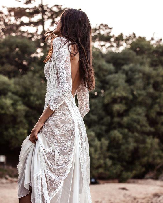 Najpiękniejsze suknie ślubne w stylu BOHO 31 bd6234795e577df5a34476d2f8b6ed8a