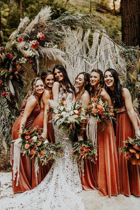 10 pomysłów na wyjątkowy ślub jesienią 24 velvet jesienny slub alebosco8